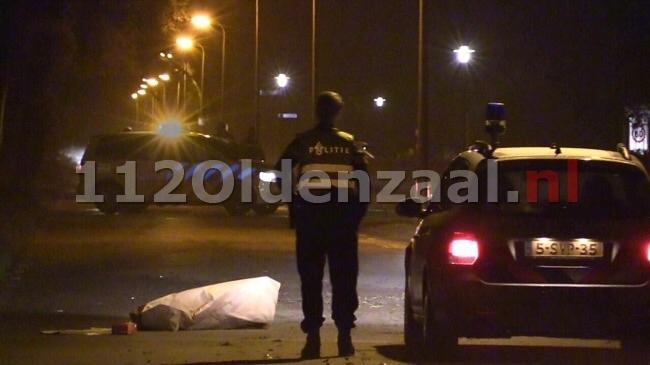 Verdachte vlucht na inbraak tankstation Enschede en veroorzaakt aanrijding, politiehelikopter ingezet