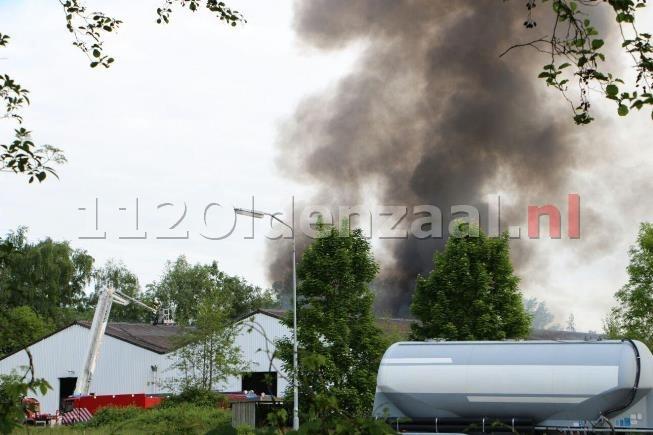GRIP 1; Zeer grote brand bedrijfspand Steenbakkersweg Borne; Sluit ramen en deuren