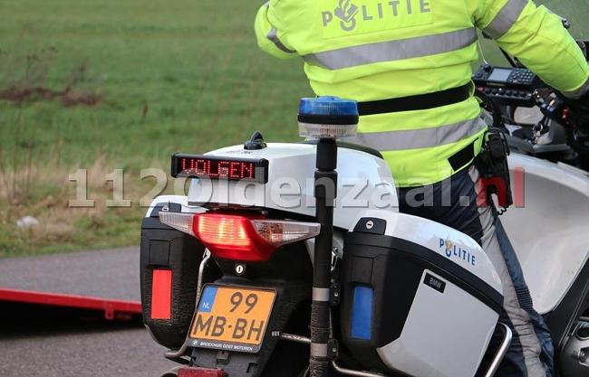 Veel overtredingen bij bromfietscontrole Denekamperstraat Oldenzaal