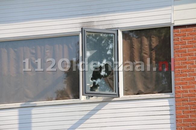 Foto 3: Hennepkwekerij aangetroffen Hunenveldlaan Oldenzaal, 5 personen aangehouden