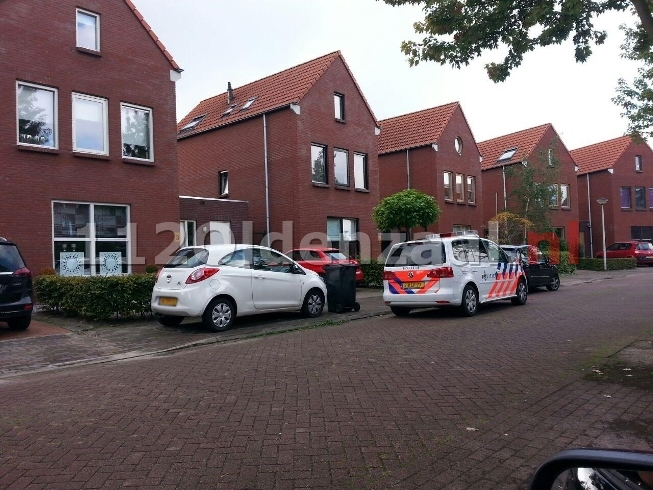 (foto) Beroving Henk Lammstraat Hengelo, politie zoekt getinte man