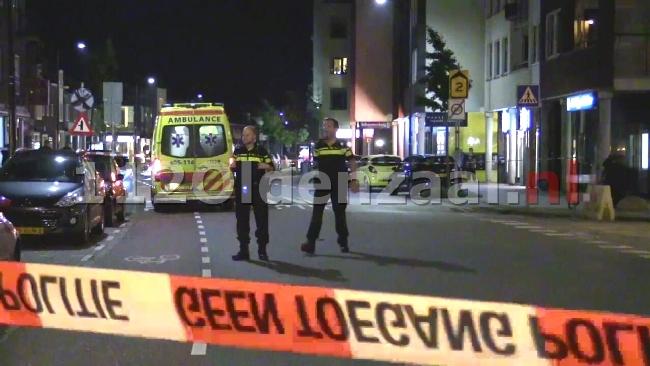 VIDEO: Man aangehouden door omstanders na overval op oude vrouw in centrum Enschede