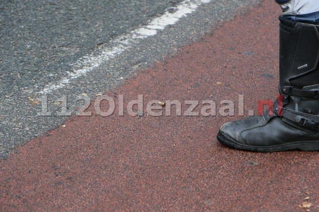 foto 2: Vijf aanhoudingen na mogelijk schietincident Enschede, huls op straat aangetroffen