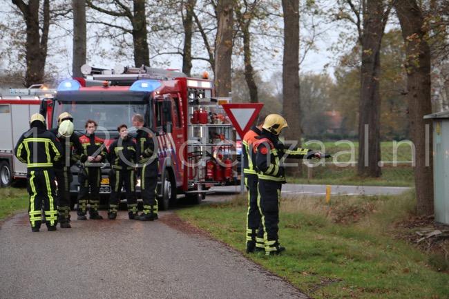 Foto: Brandweer rukt uit voor gaslucht Bentertsteeg Weerselo