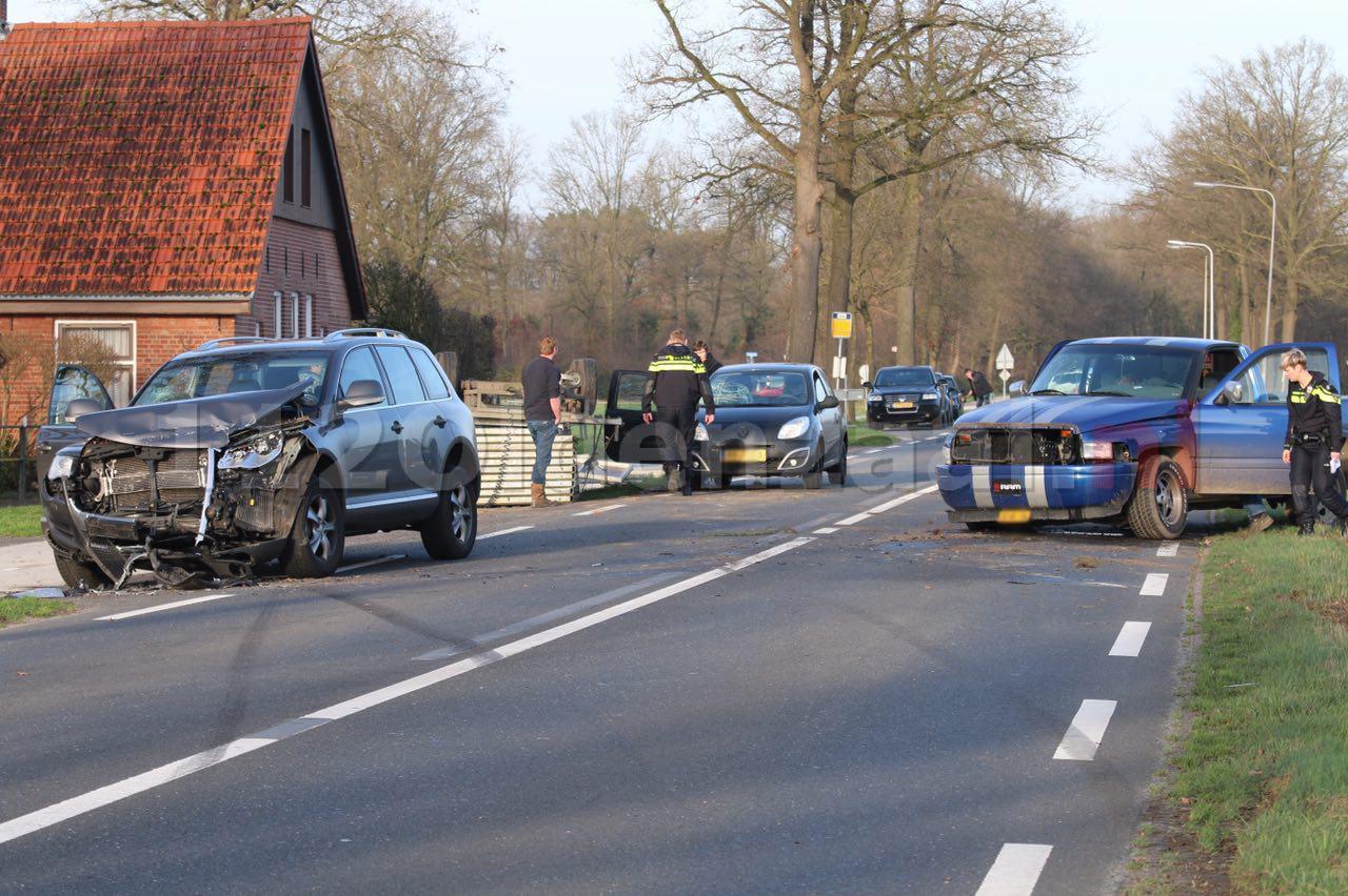 foto 4: Gewonden bij ongeval Rossumerstraat Agelo