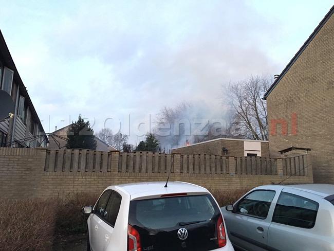 foto: Schade bij coniferenbrand Oldenzaal