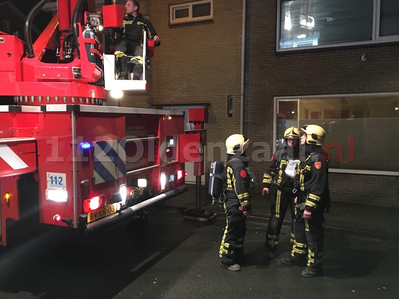 Foto 2: Brandweer rukt uit voor schoorsteenbrand Tulpstraat Oldenzaal