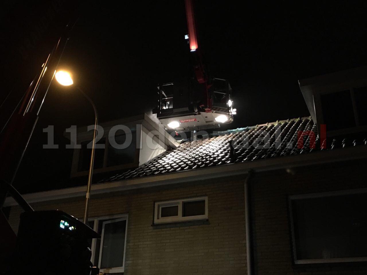 Foto 3: Brandweer rukt uit voor schoorsteenbrand Tulpstraat Oldenzaal