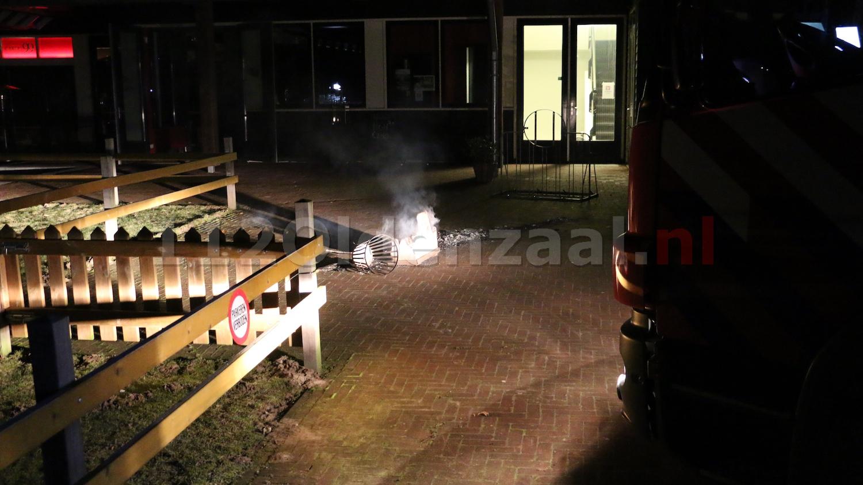 Foto 5: Brand bij Buitenhuys Het Hulsbeek Oldenzaal, mogelijk sprake van brandstichting