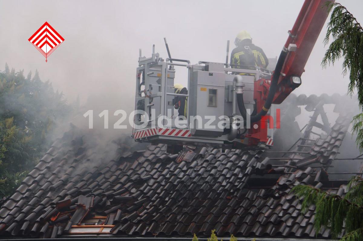 Foto 2: Uitslaande woningbrand in Denekamp