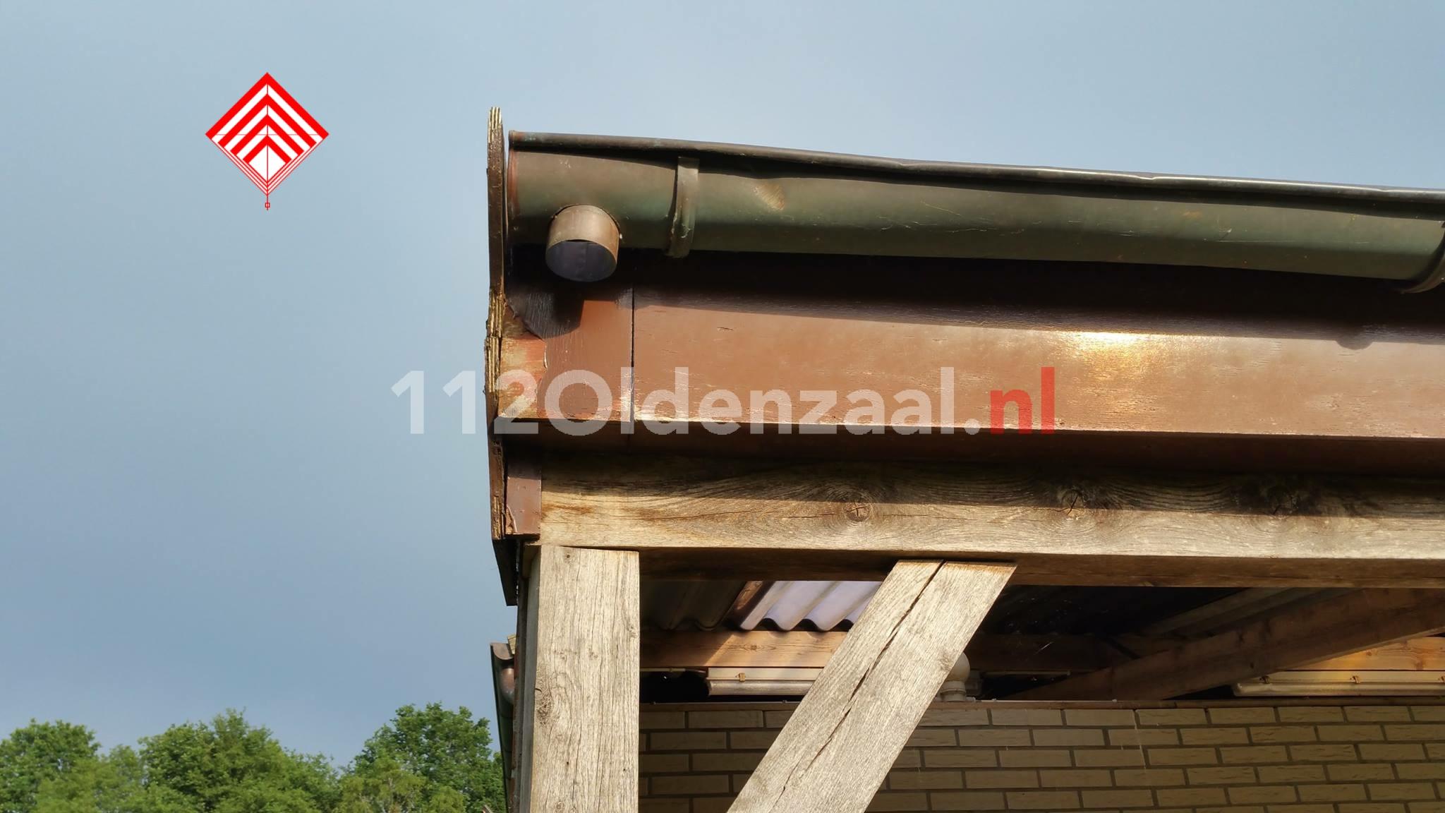 Foto 4: Houten deuren gestolen bij paardenschuur in Oldenzaal