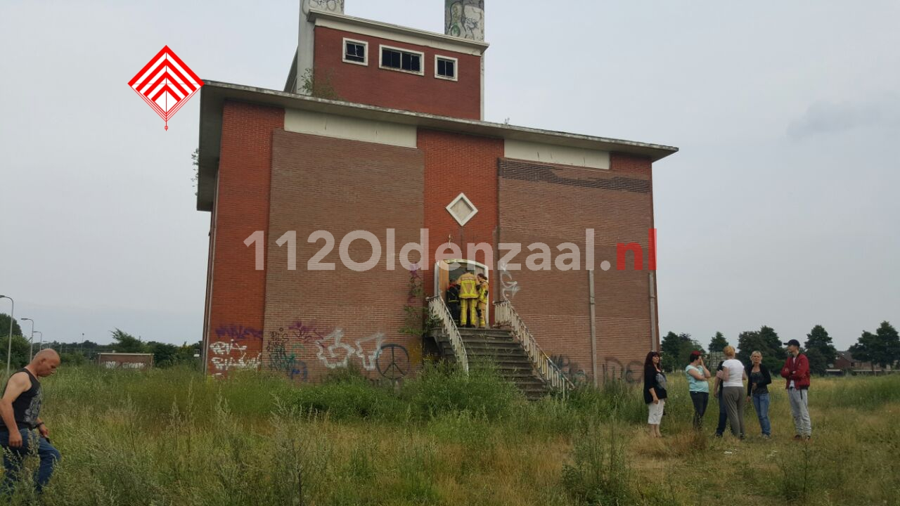 foto 2: Brandweer opgeroepen voor zoektocht hondje in Hengelo