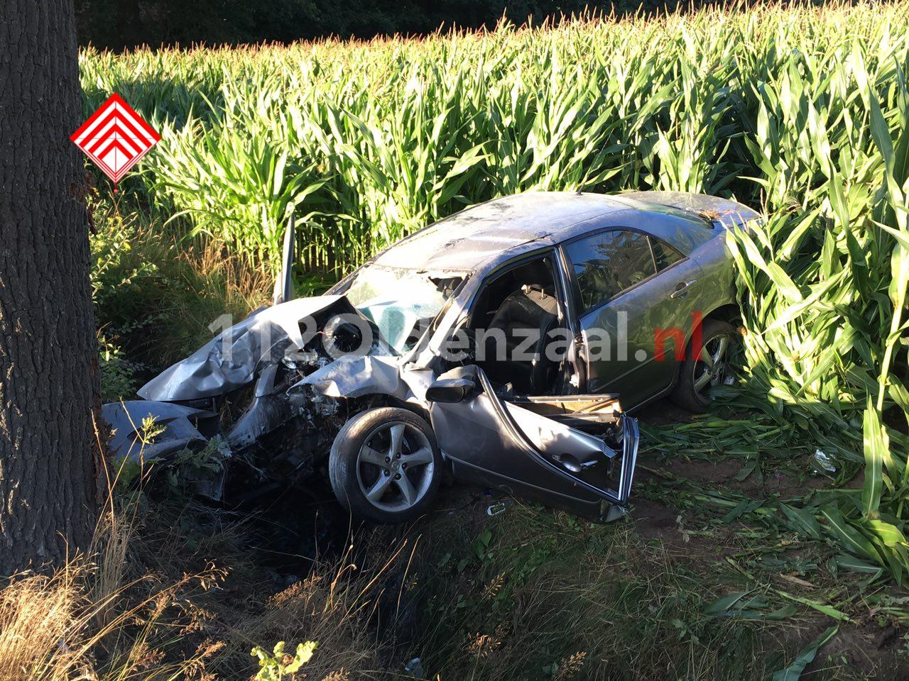 Foto 4: Ernstig ongeval in Agelo, traumahelikopter te plaatsen