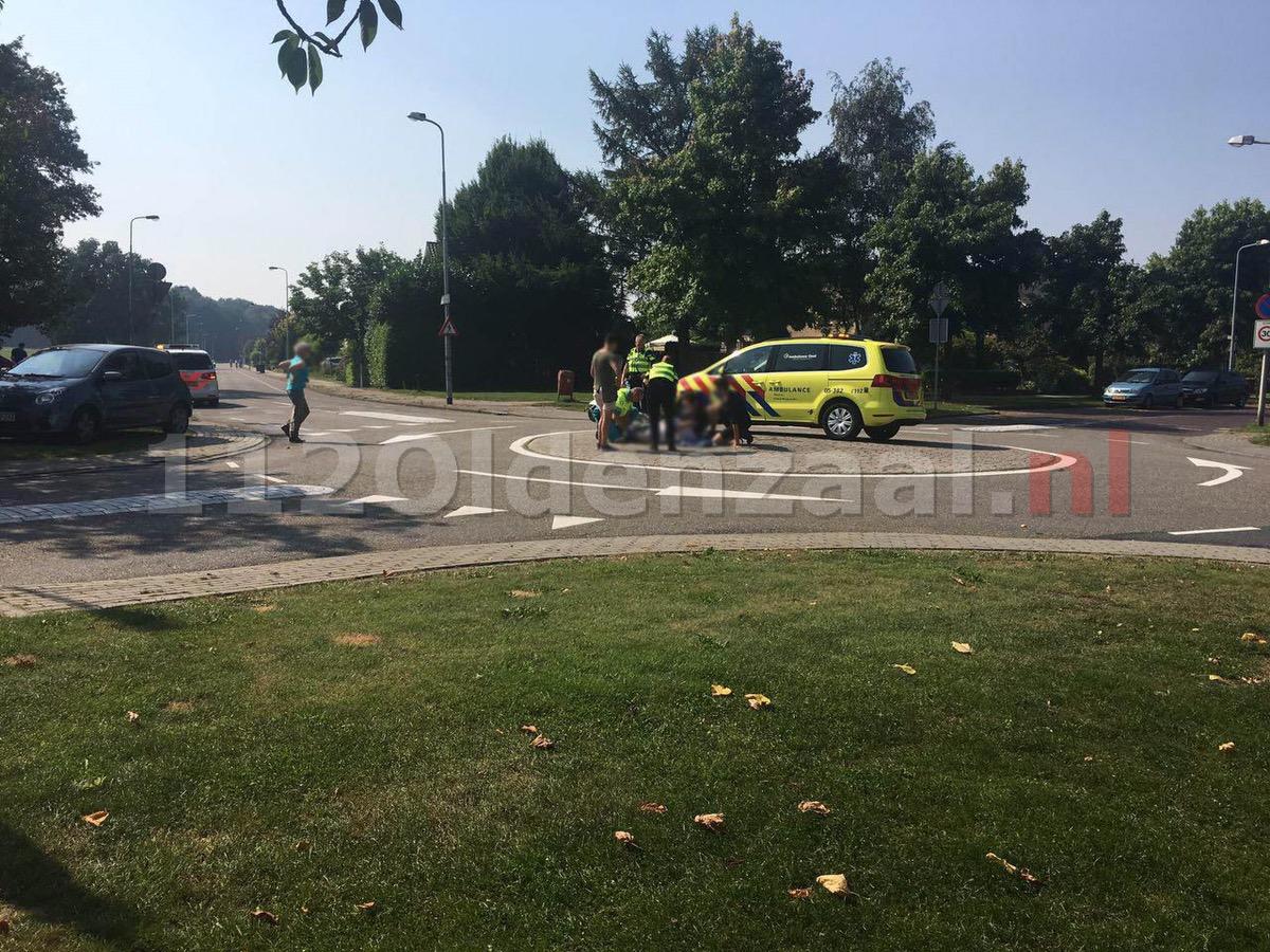 Foto: Fietsster in Oldenzaal gewond na val