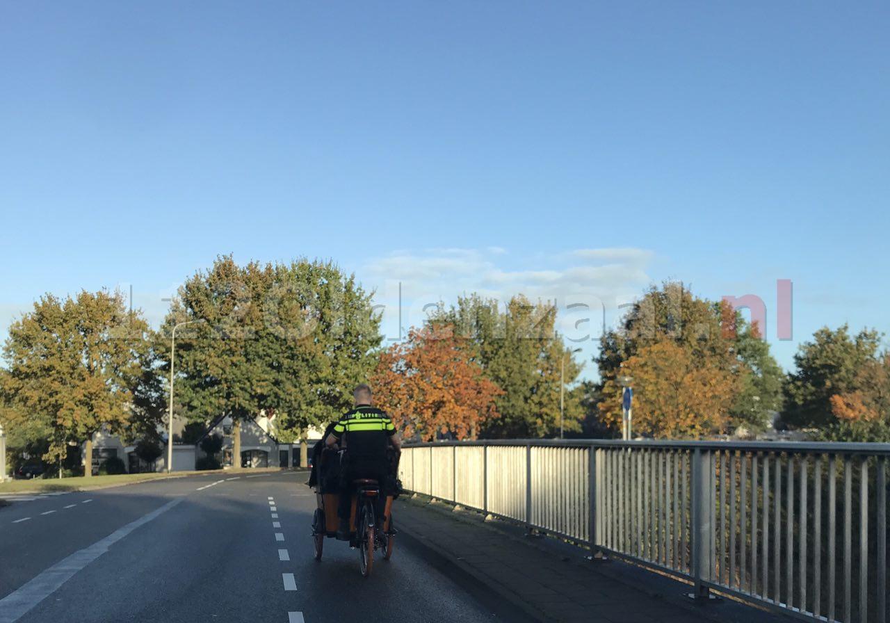 Foto 2: Vrouw raakt gewond na val van fiets
