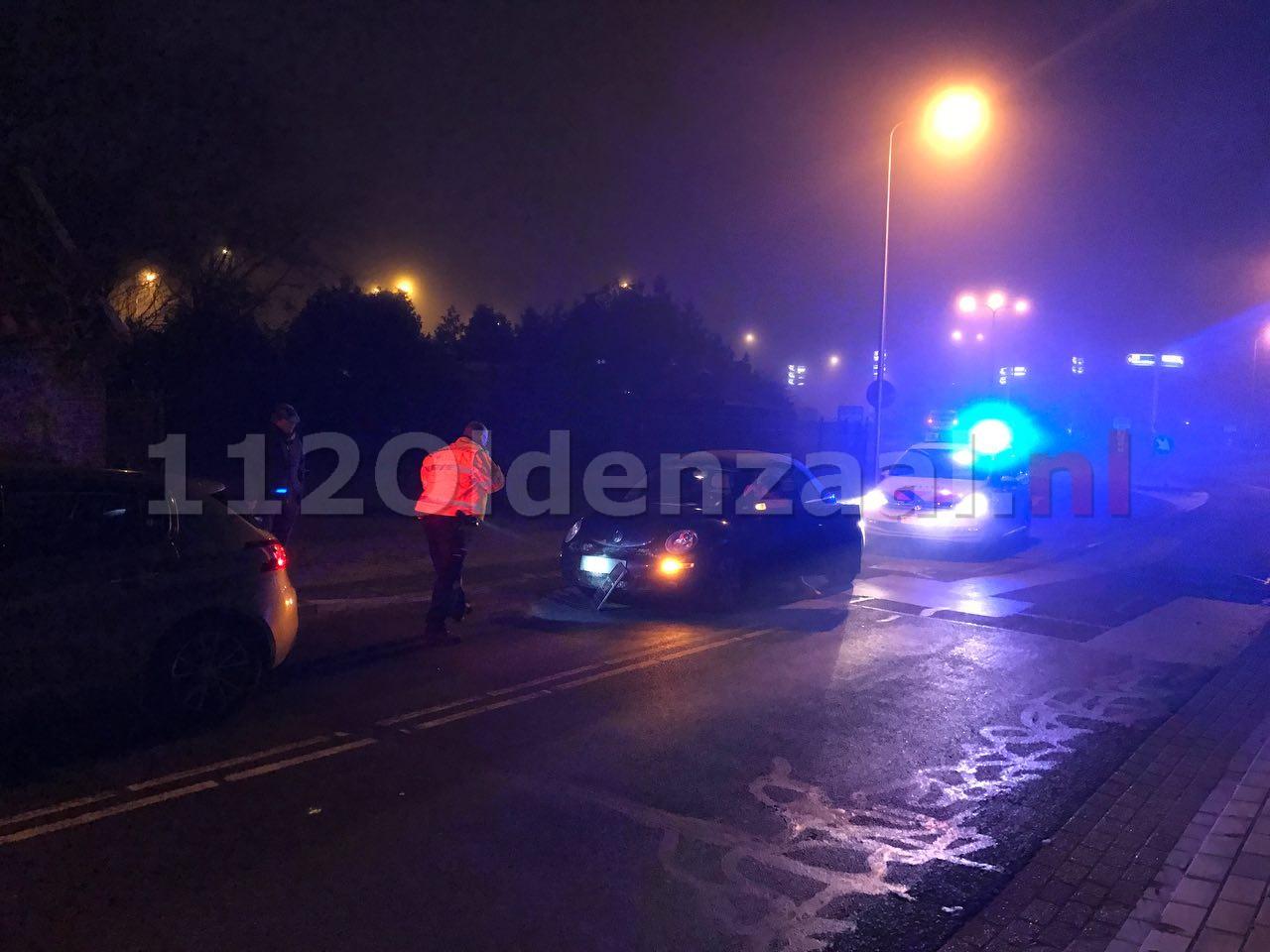 Foto 2: Schade bij aanrijding tussen twee auto's in Oldenzaal