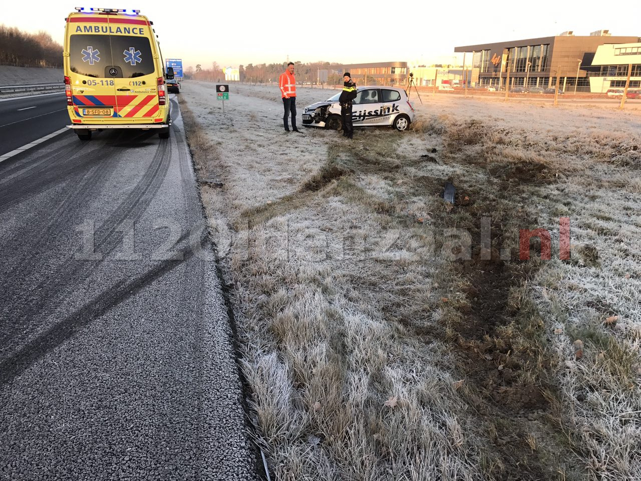 Foto 2: Chaos op A1 bij Oldenzaal door gladheid