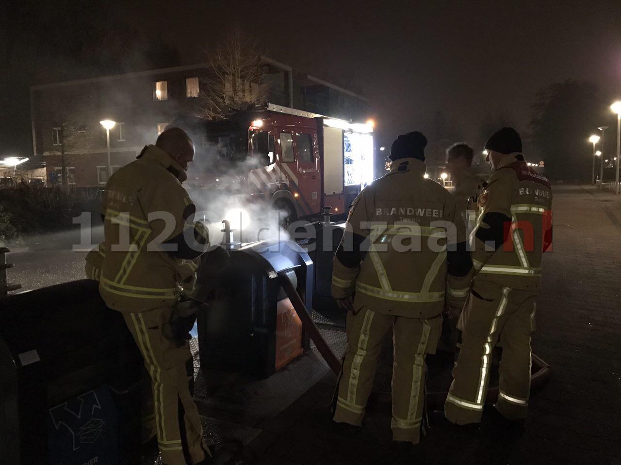 Foto: Brandweer Oldenzaal rukt uit voor brand in ondergrondse container