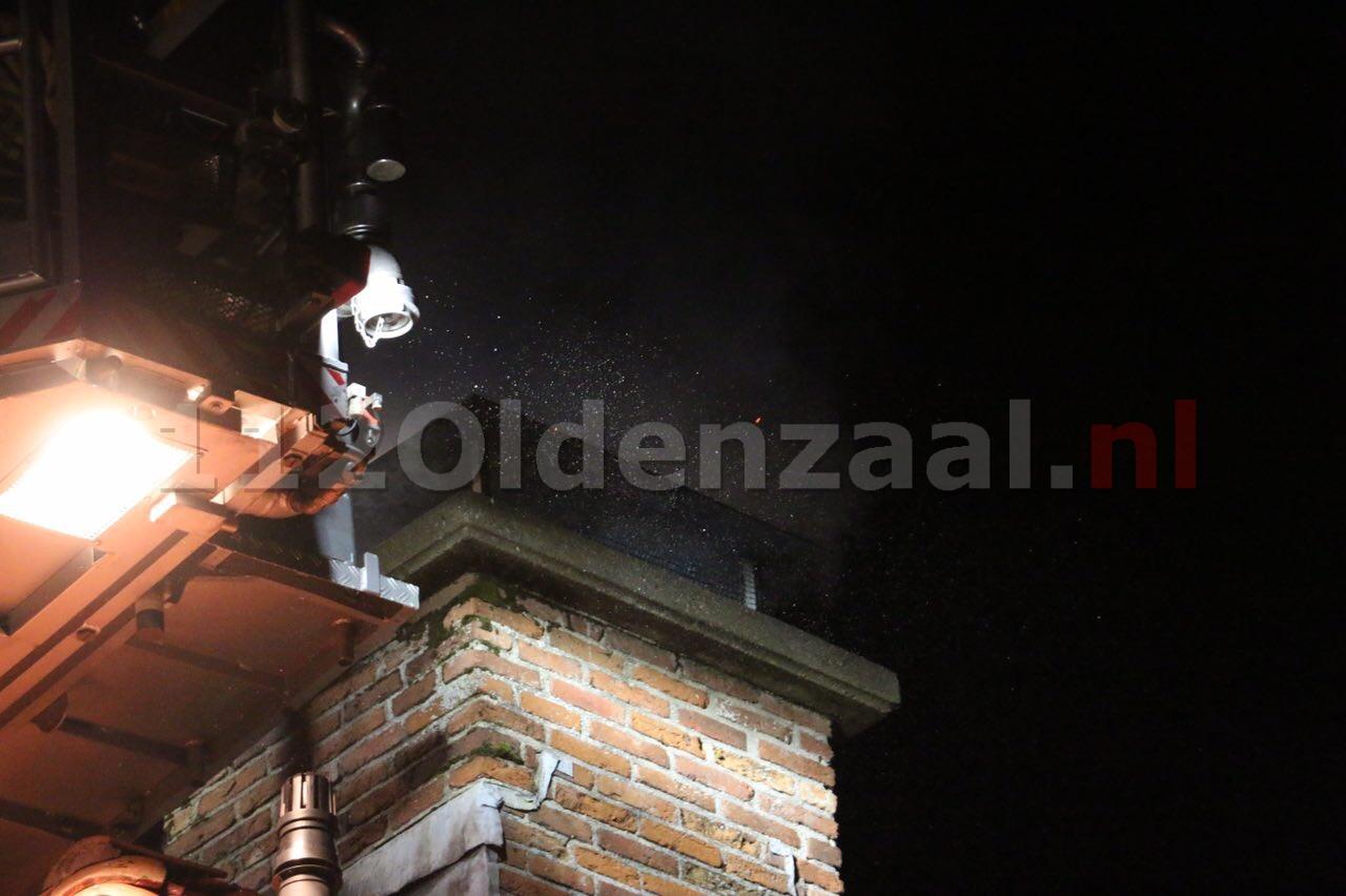 Foto 3: Flinke schoorsteenbrand in Ootmarsum
