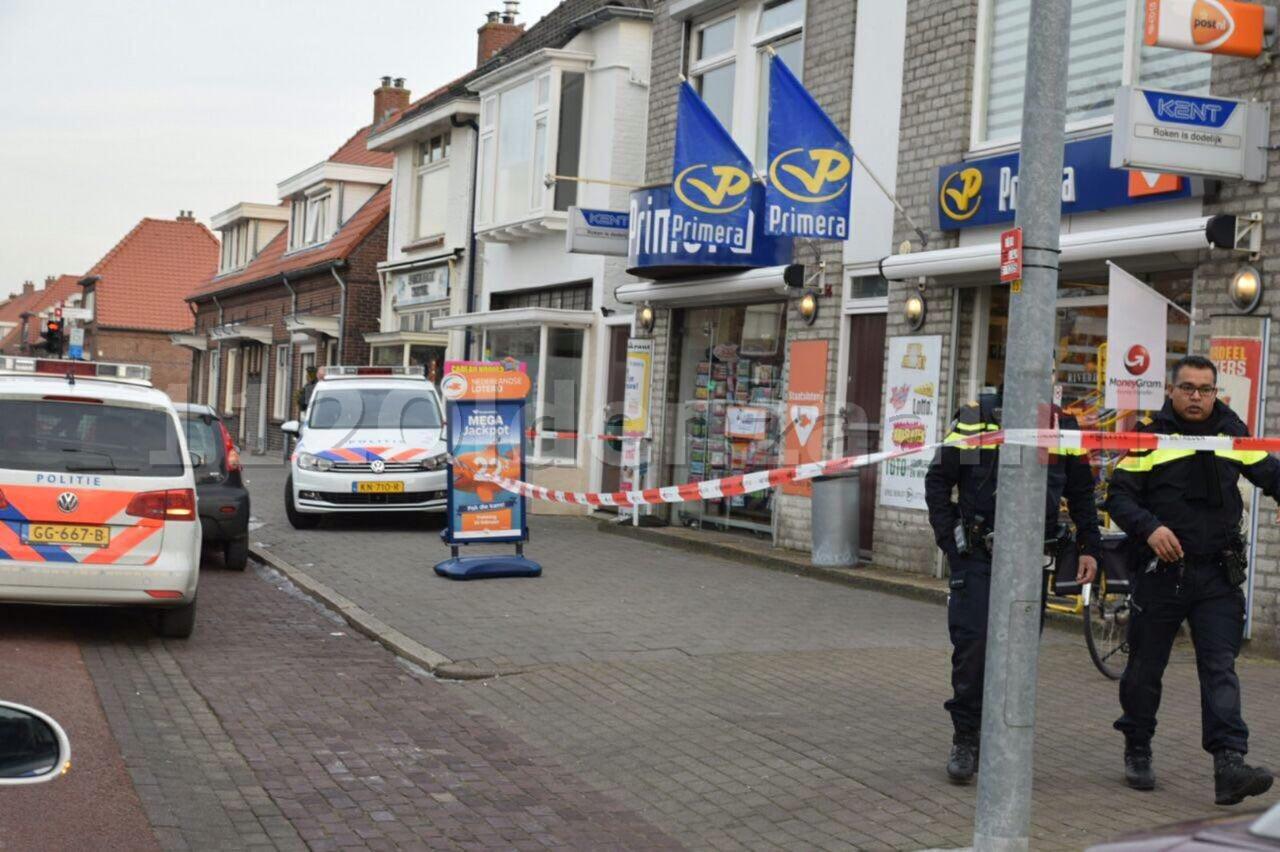Politie houdt drie mannen aan voor overval op winkel