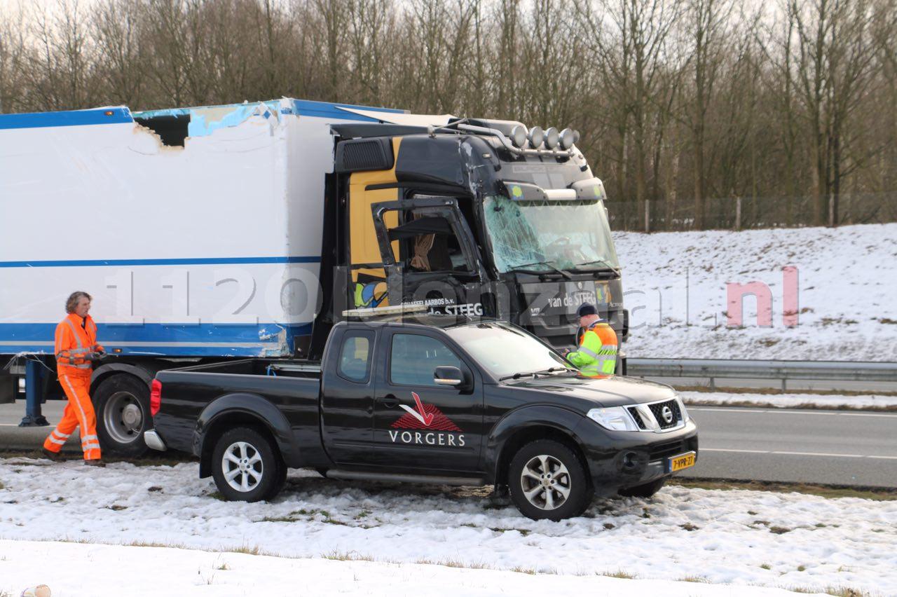 UPDATE: Vrachtwagens lopen flinke schade op bij ongeval op de A1 bij Oldenzaal