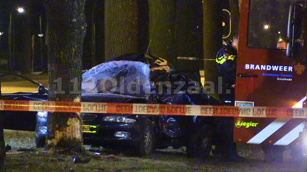 Foto: Dode bij ernstige aanrijding in Enschede