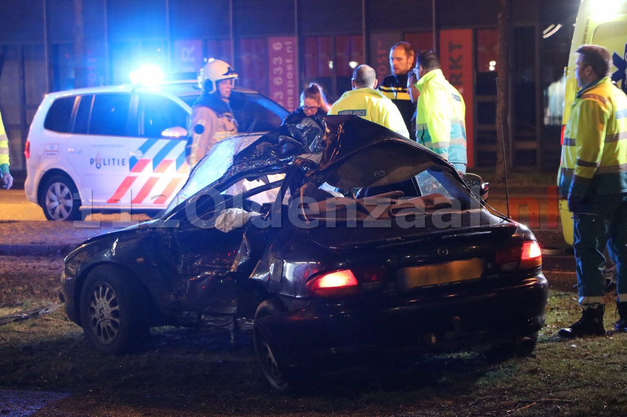 Foto 2: Dode bij ernstige aanrijding in Enschede