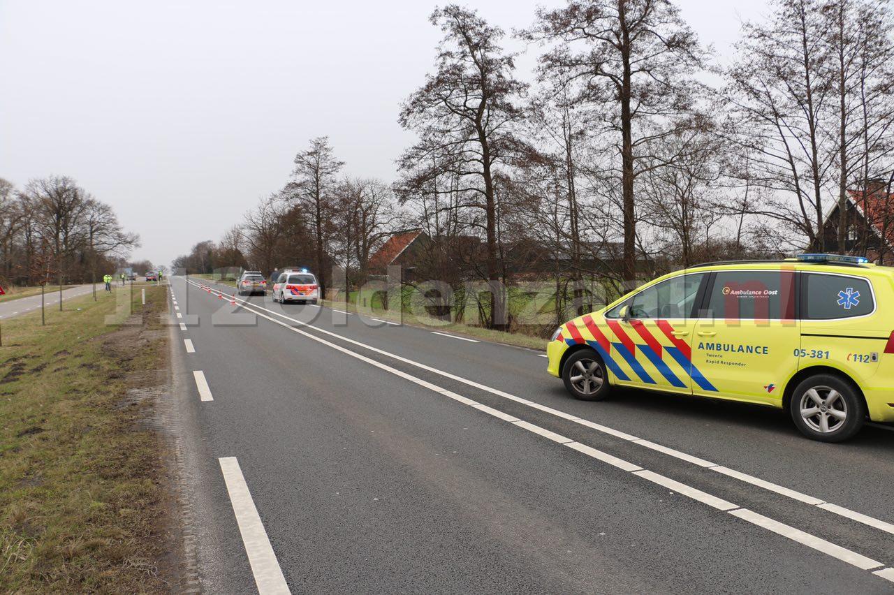 VIDEO: Gewonde bij aanrijding tussen Oldenzaal en Denekamp