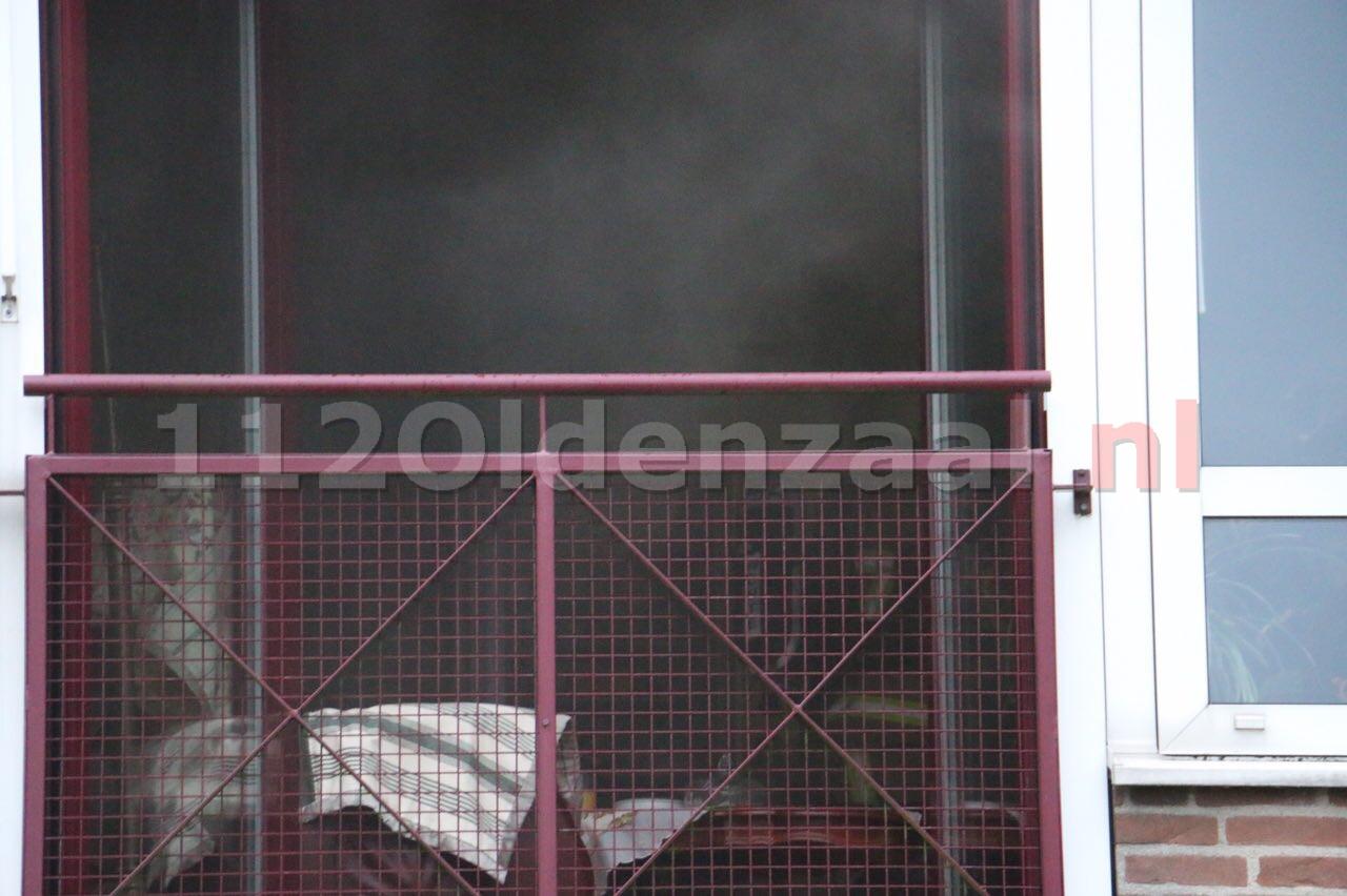 UPDATE: Deel Molenkamp Oldenzaal ontruimd door brand, bewoners ademen rook in