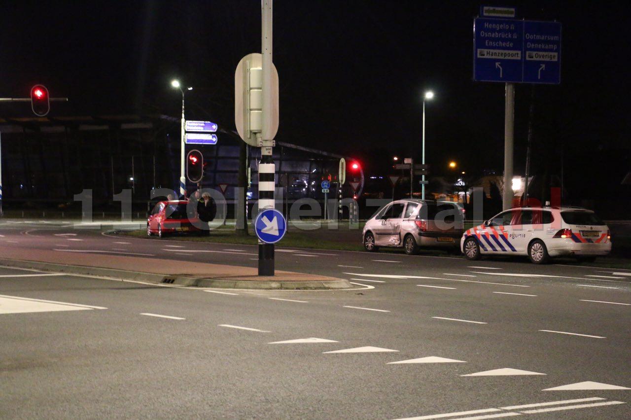 Foto 2: Schade bij aanrijding Enschedesestraat Oldenzaal