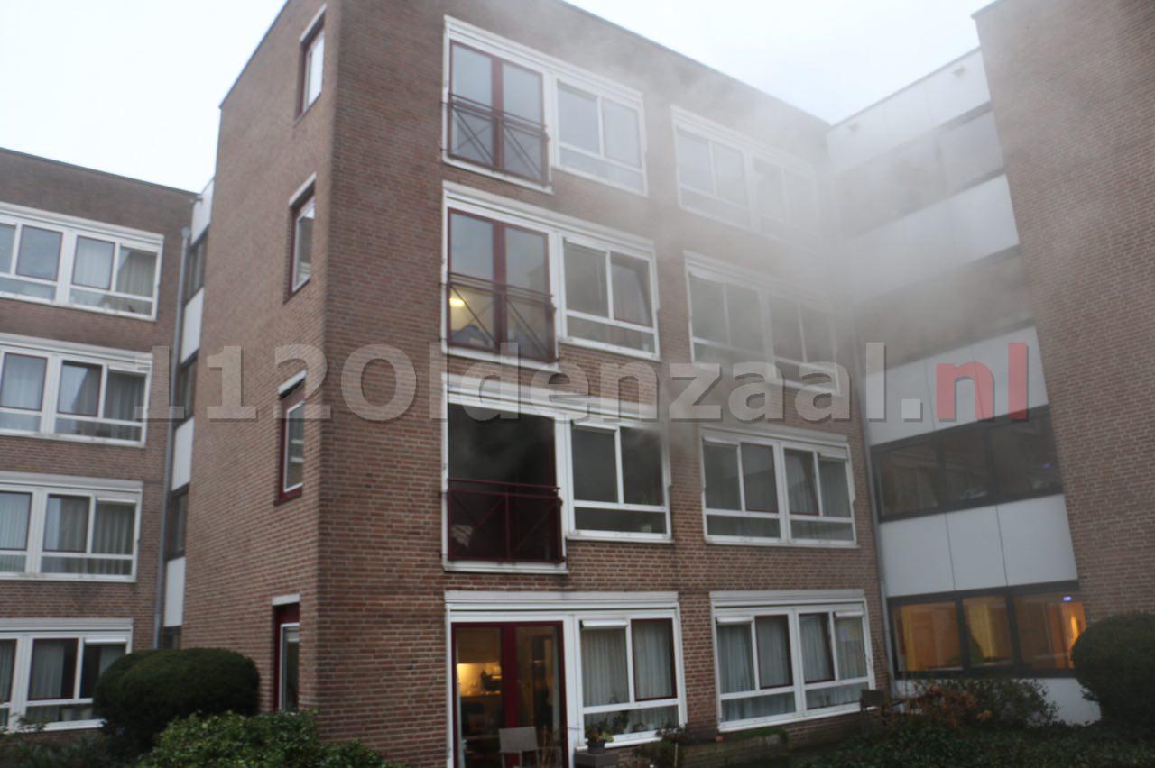 VIDEO: 8 mensen ademen rook in bij brand woonzorgcomplex Molenkamp Oldenzaal