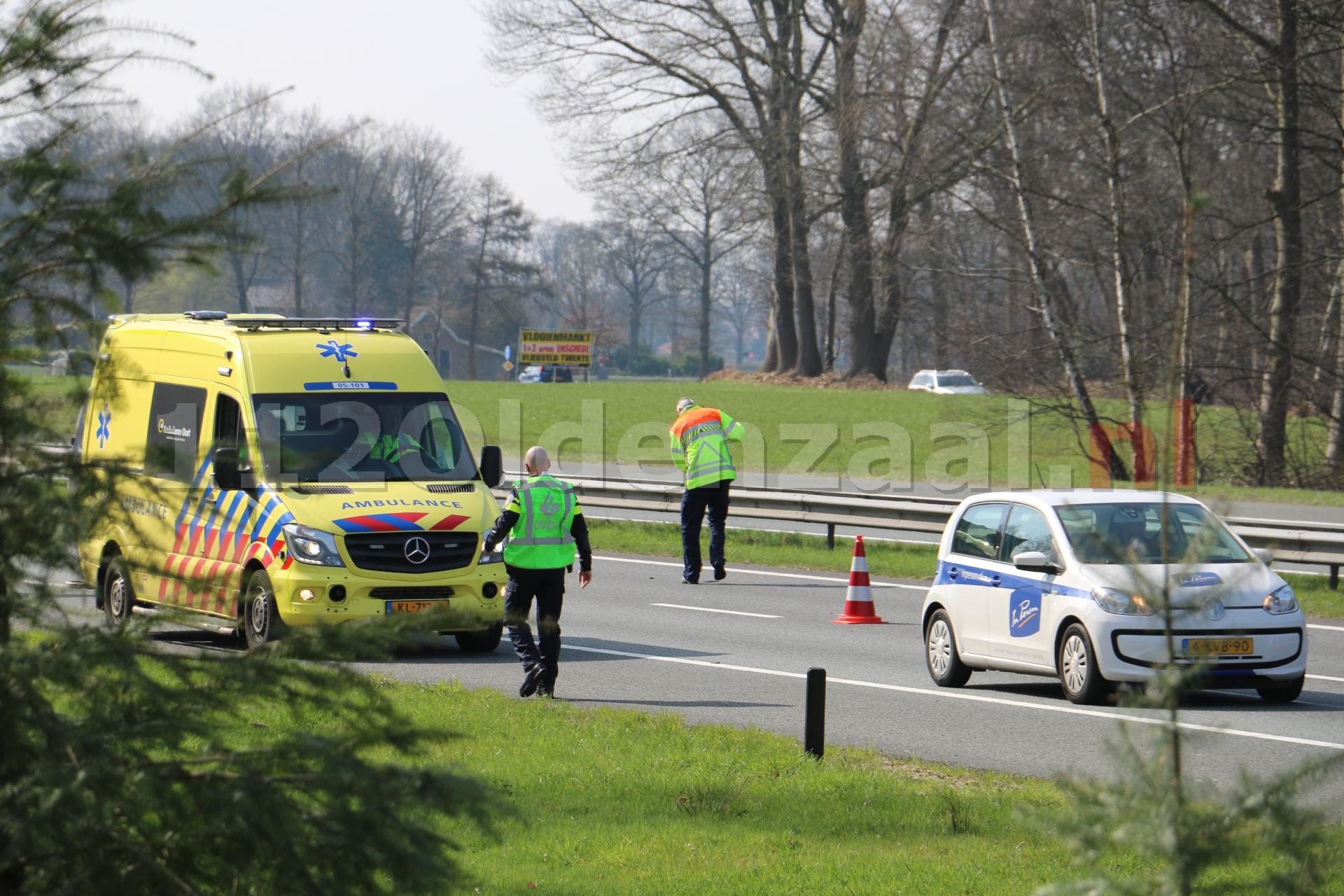 Video: File op A1 richting Oldenzaal door meerdere aanrijdingen