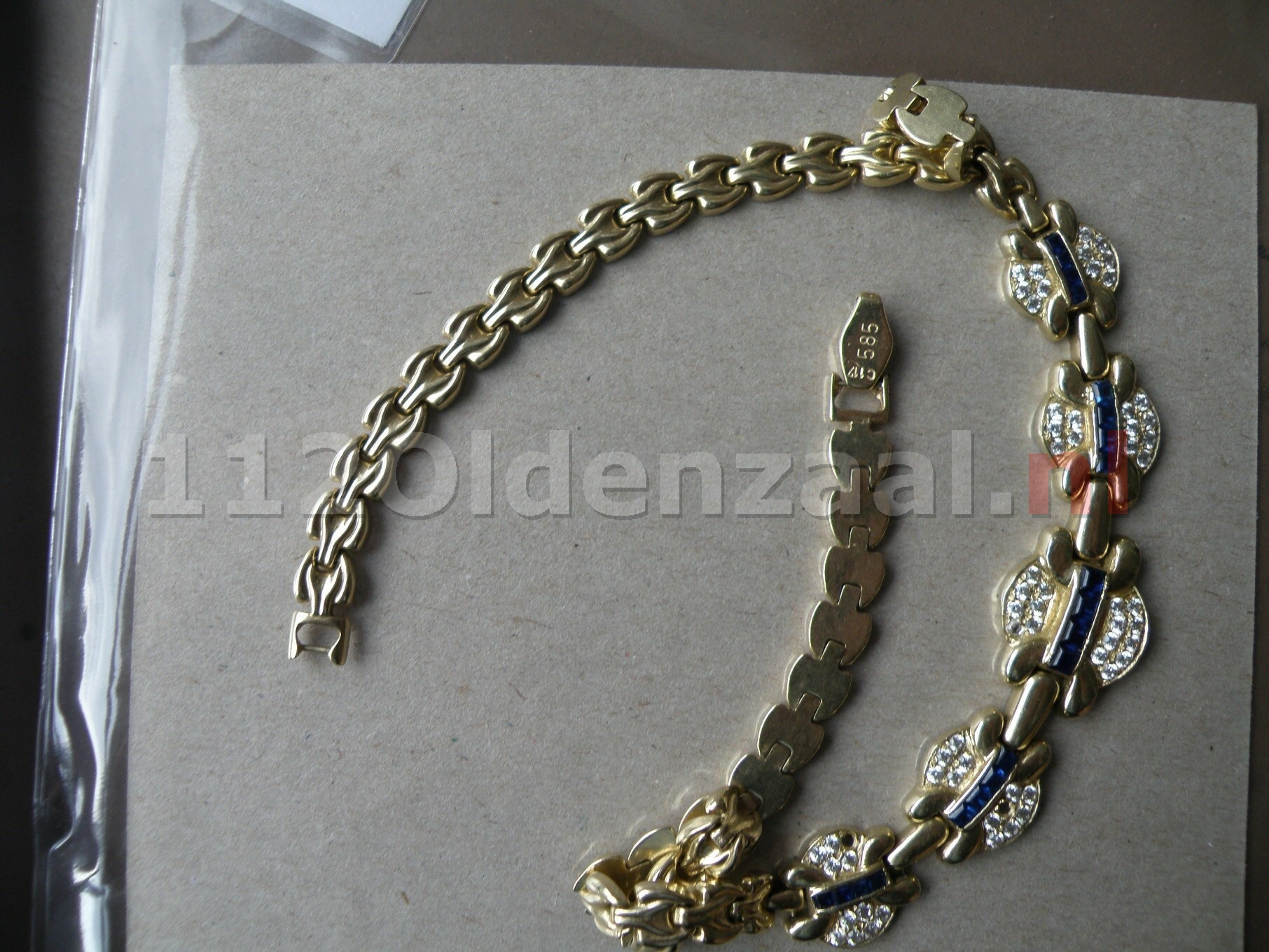 Foto: Politie Oldenzaal zoekt eigenaresse halsketting