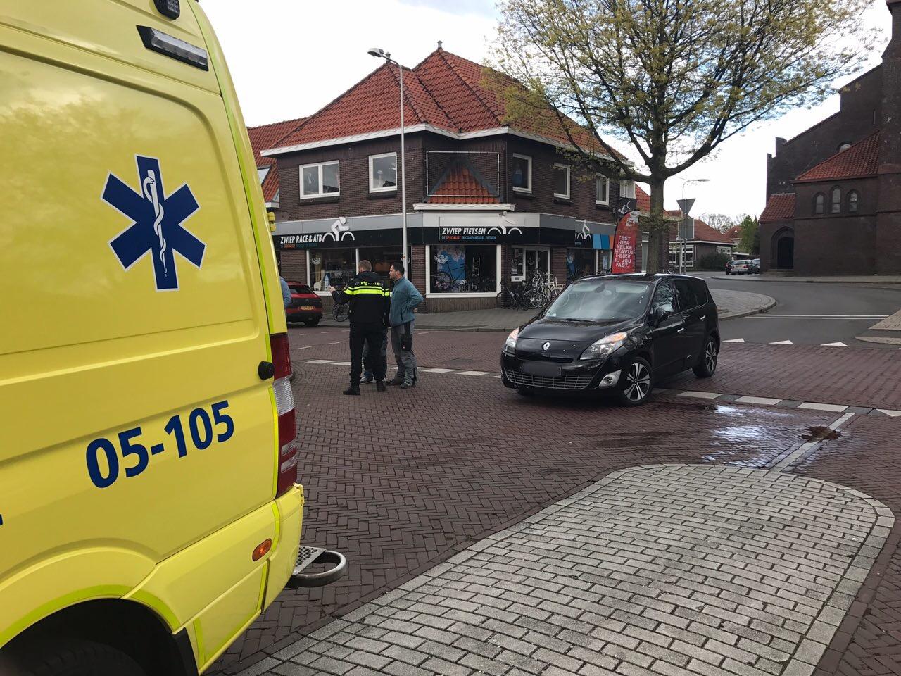 Aanrijding tussen brommer en auto Ootmarsumsestraat Oldenzaal