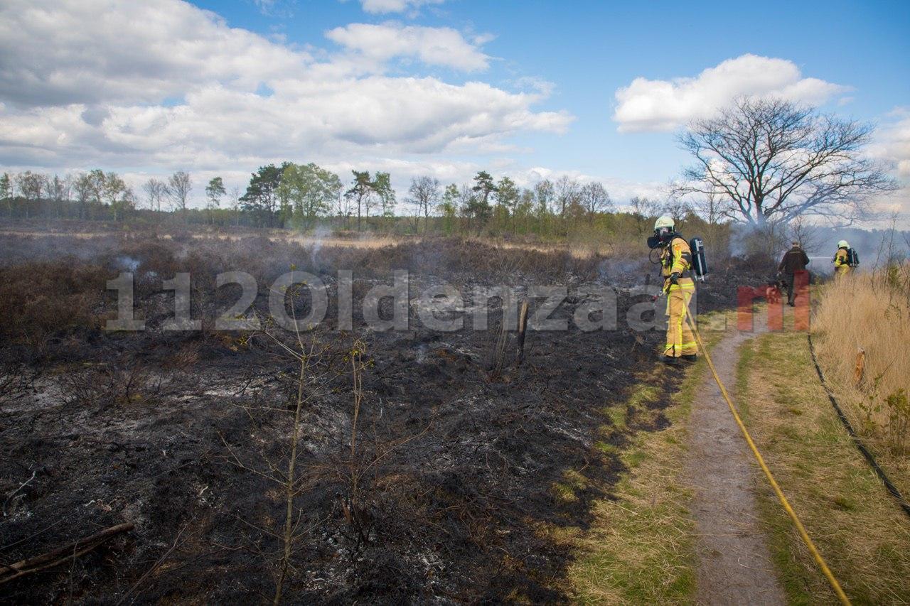 Video: Flinke natuurbrand Bergvennen bij Lattro