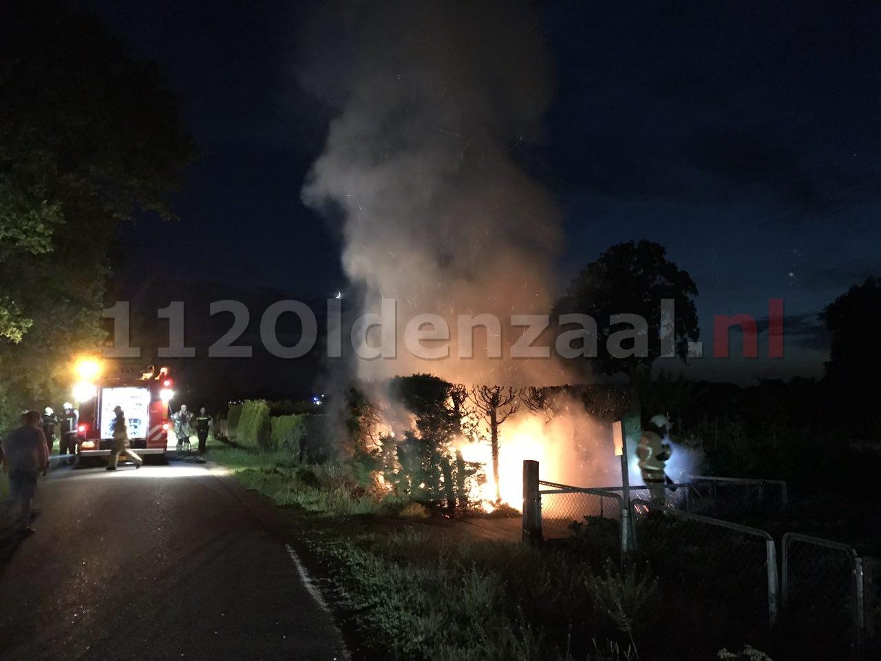 Video 2: Drie jongens aangehouden bij branden in Deurningen