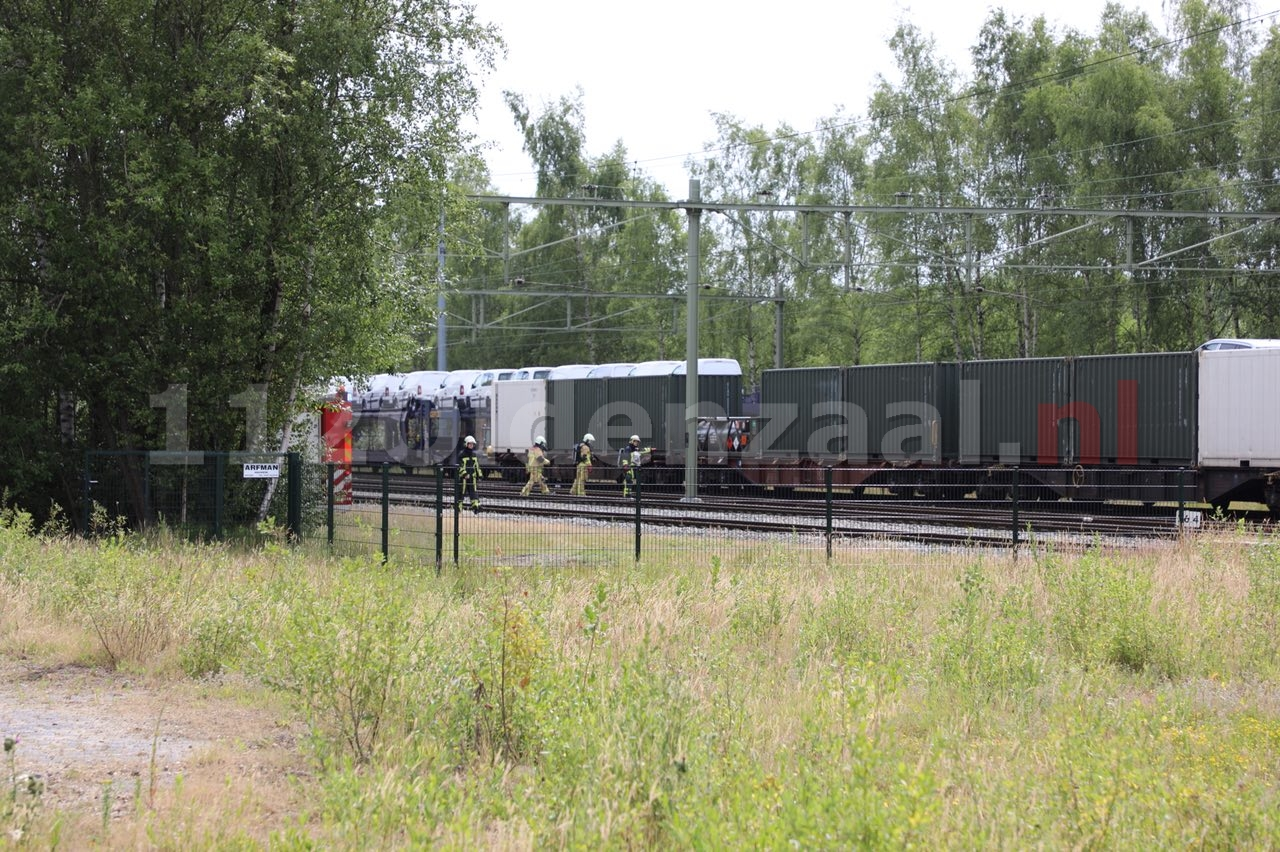Video: Brandweer opgeroepen voor lekkende ketelwagon op station Oldenzaal