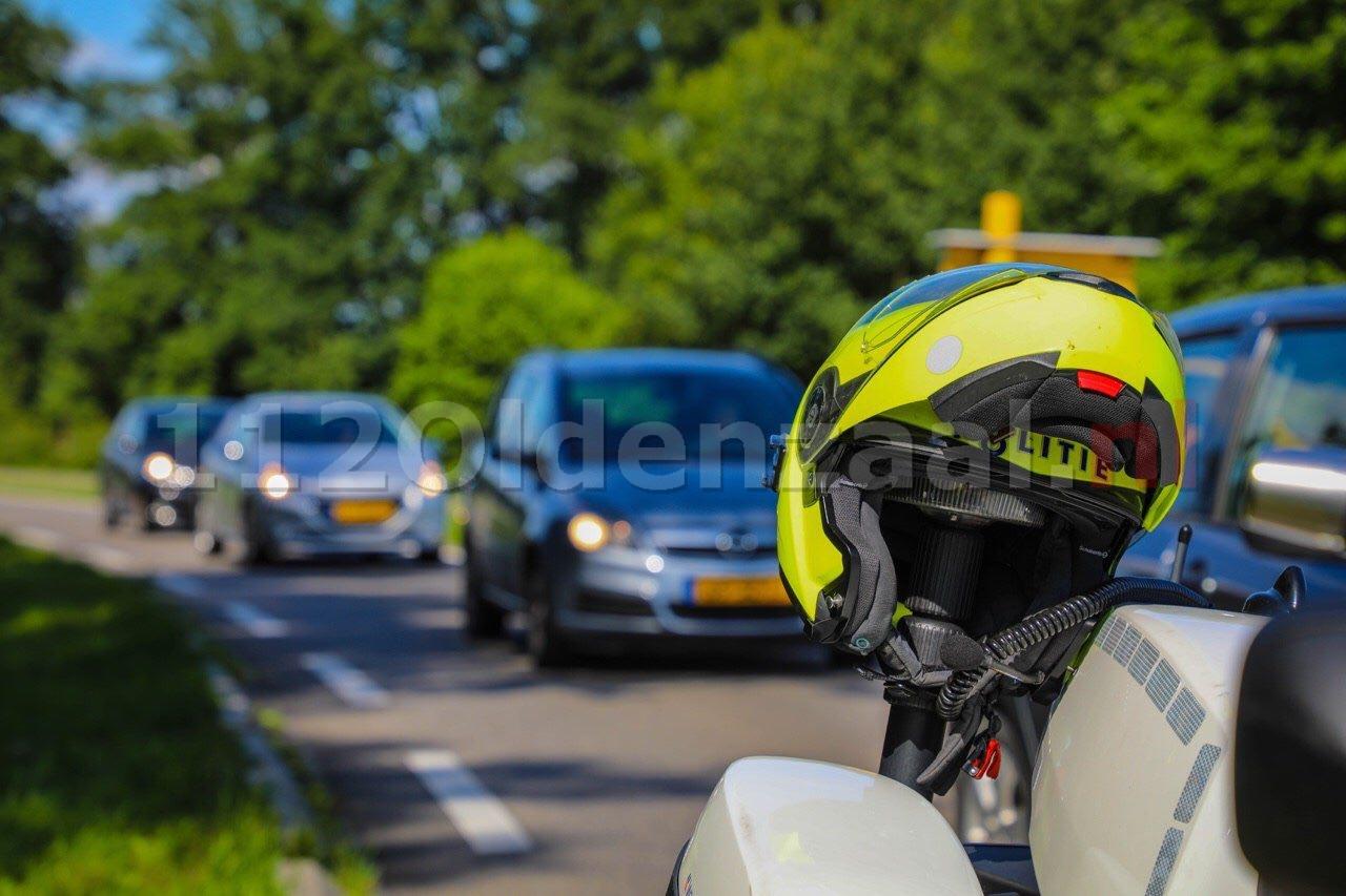 Auto ontvreemd tijdens proefrit in Oldenzaal; man uit Apeldoorn aangehouden