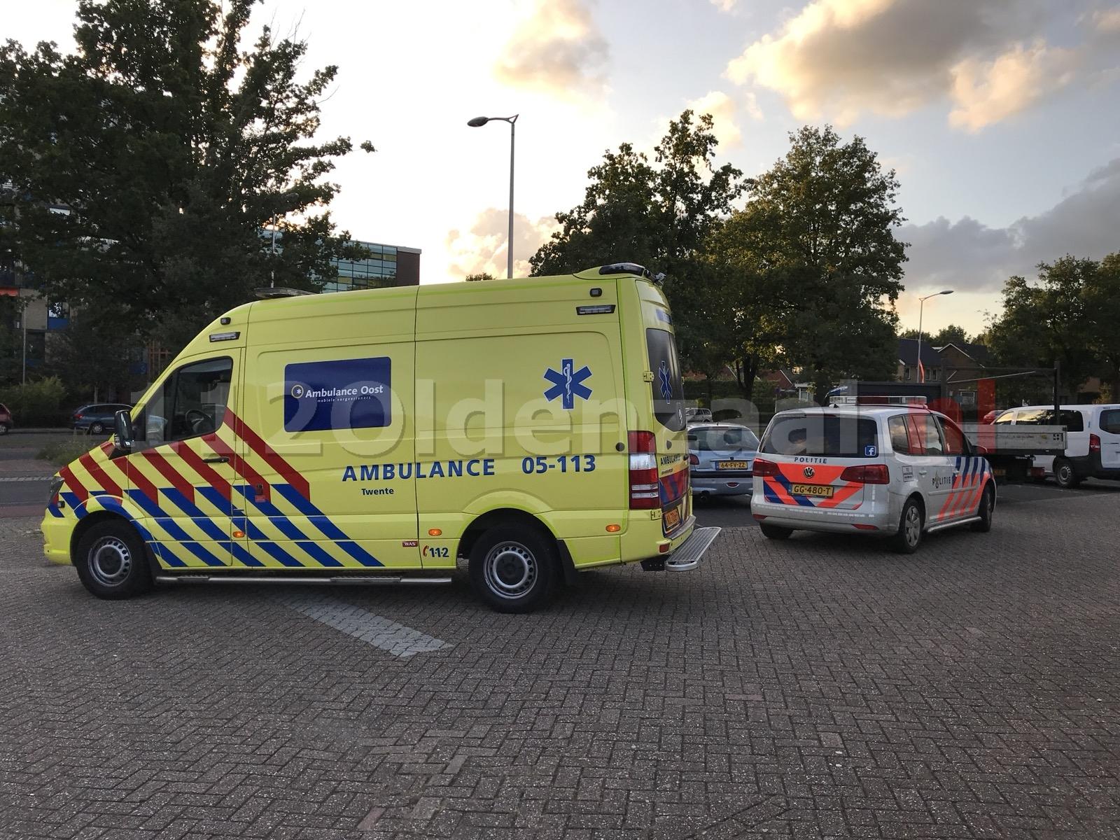 Foto 2: Schade bij aanrijding Oliemolenstraat Oldenzaal