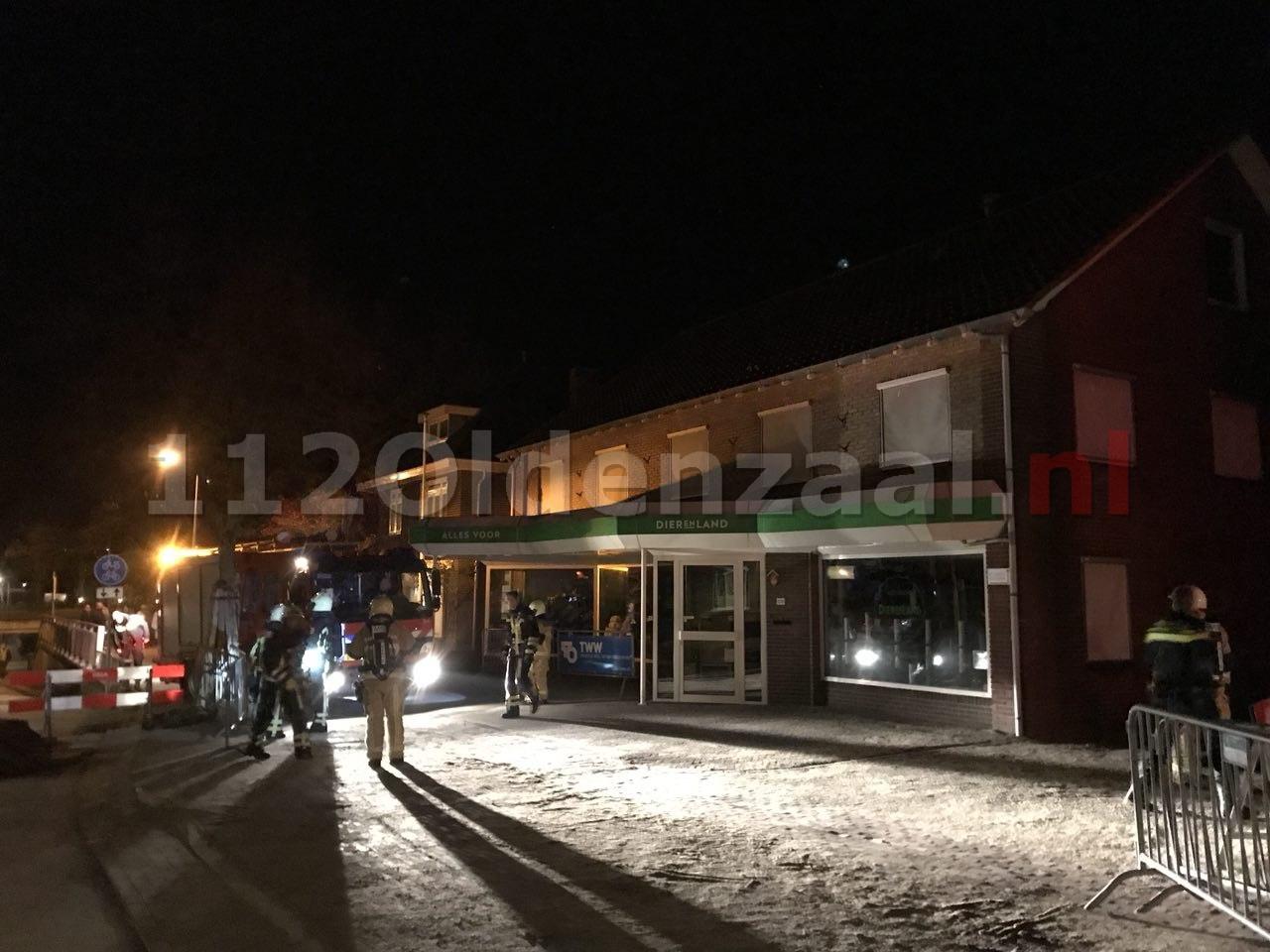 Brandweer rukt uit voor melding schoorsteenbrand Ootmarsumsestraat Oldenzaal