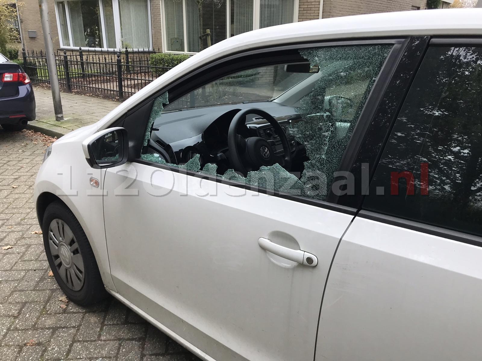Inbraak in vijf auto's op de Thij in Oldenzaal