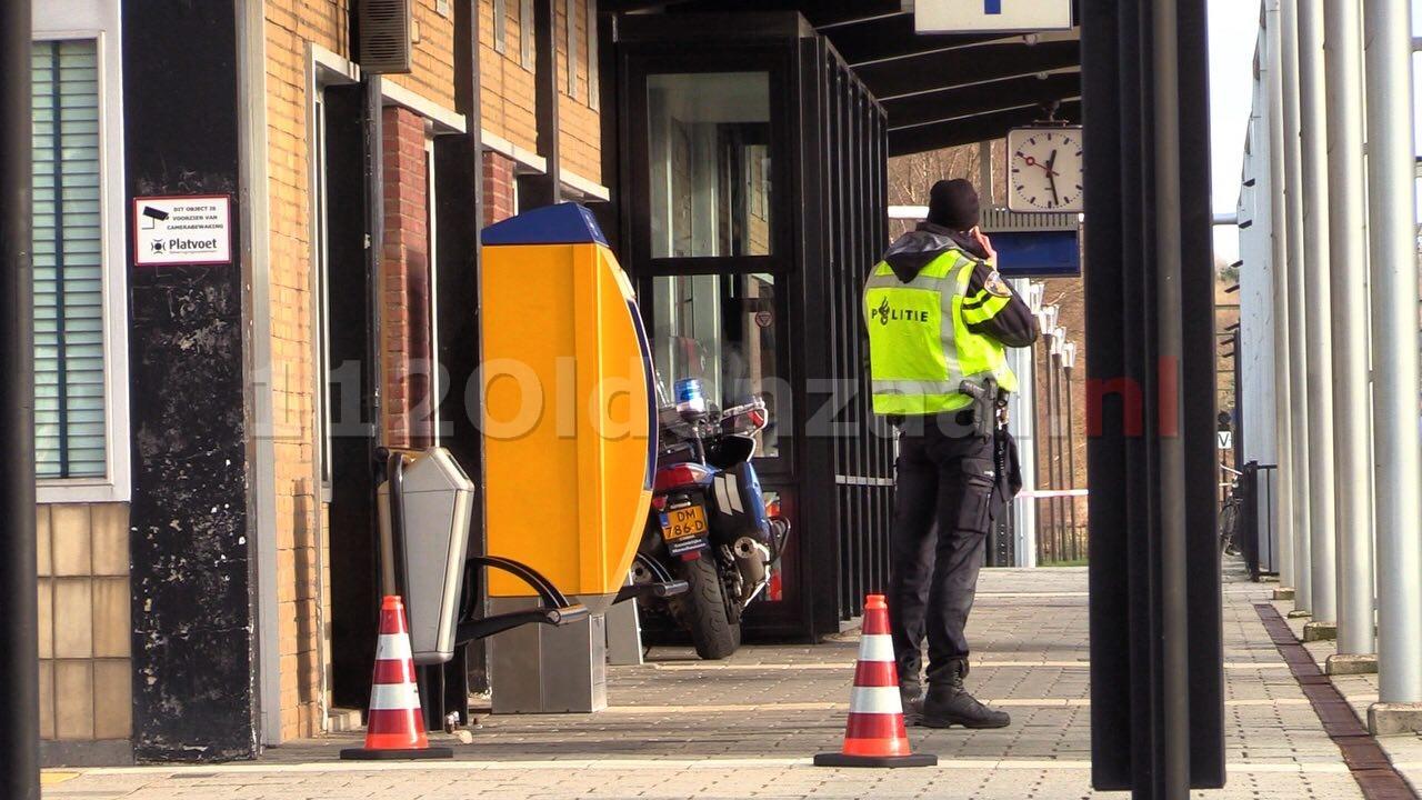 Man die verdacht wordt van valse bommelding in trein Oldenzaal blijft langer vastzitten