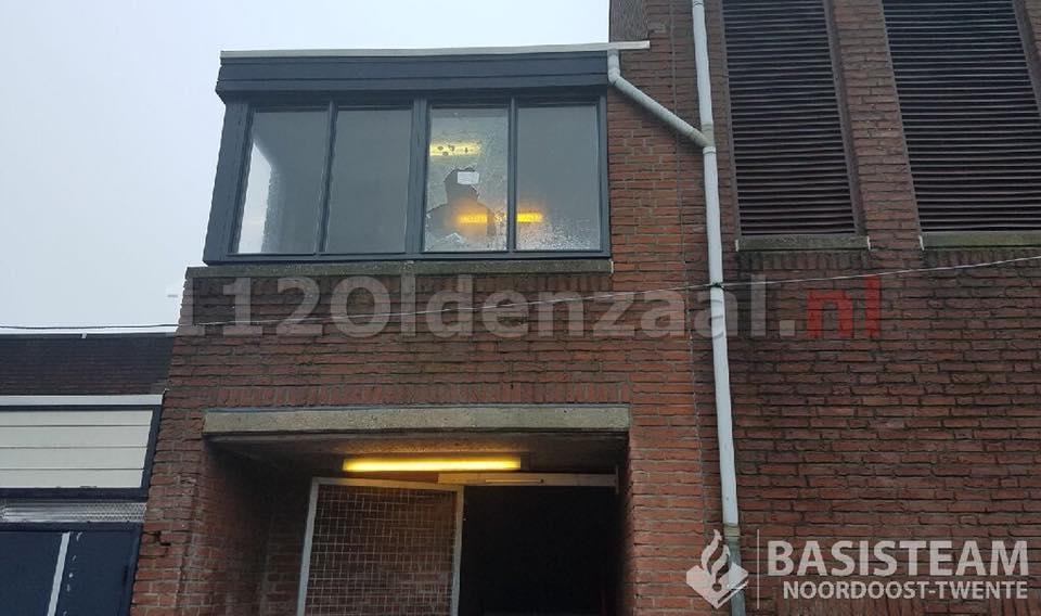 """Politie tegen vandalen in Oldenzaal; """"Jullie komen je melden of wij komen jullie ophalen"""""""