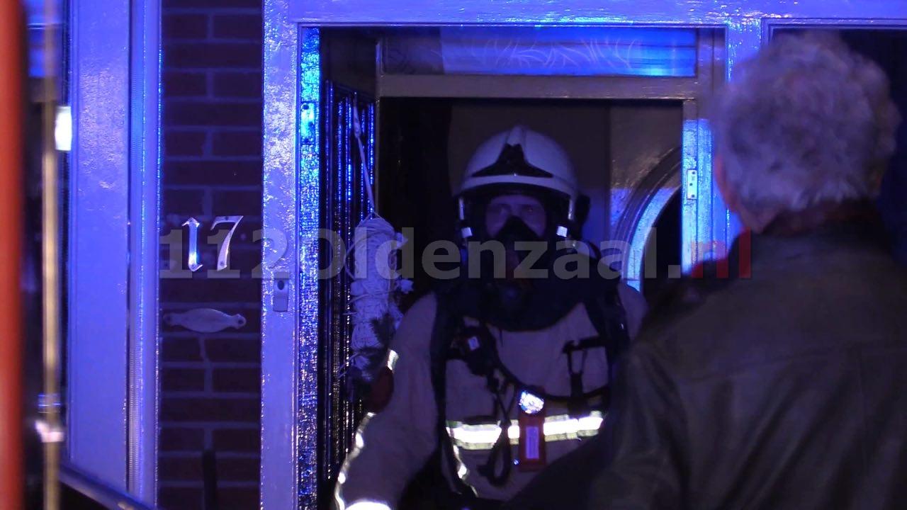 Video: Brandweer rukt uit voor melding woningbrand Oldenzaal; woonkamer vol rook