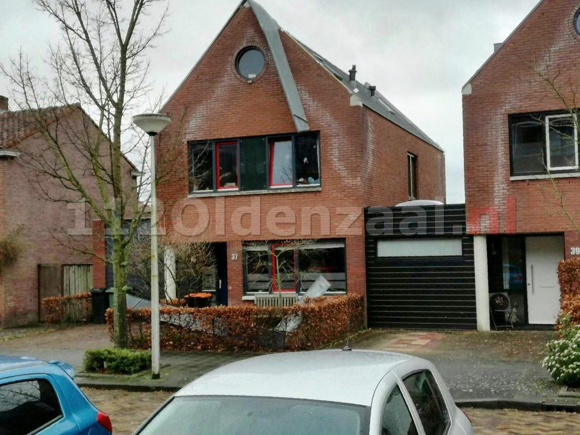 Beplating woning Oldenzaal raakt los door storm