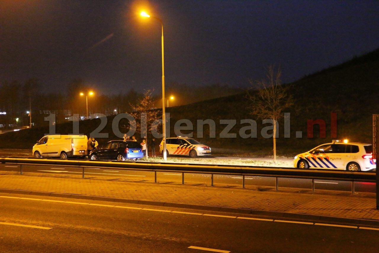 Drie voertuigen afgesleept na twee aanrijding binnen korte tijd op Enschedesestraat Oldenzaal