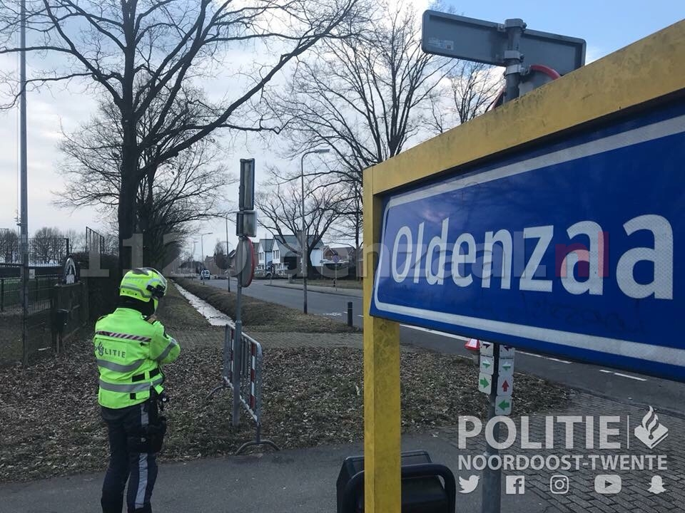 Bestuurders staande gehouden bij snelheidscontrole Schapendijk Oldenzaal