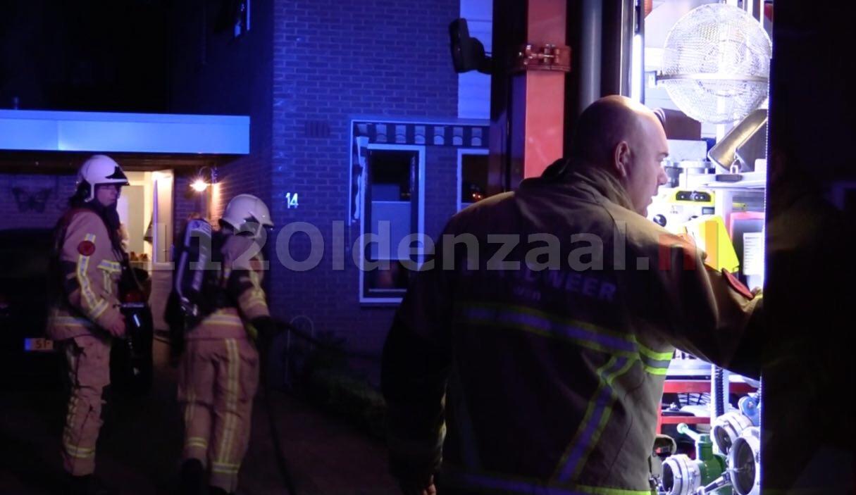 Video: Brandweer rukt uit voor brand bij woning in Oldenzaal