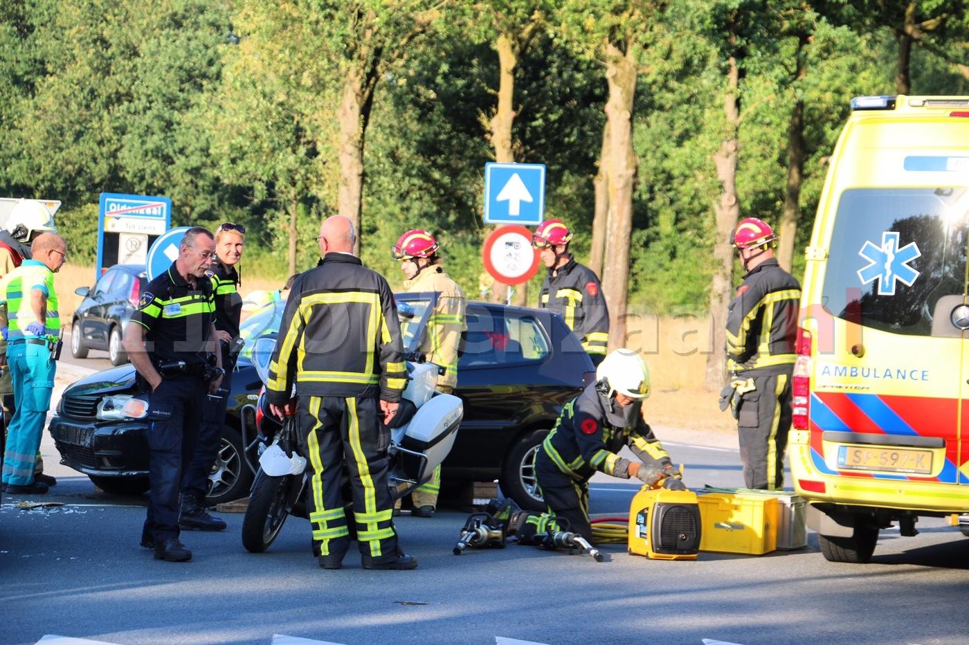 VIDEO: Vrouw gewond bij aanrijding Schipleidelaan Oldenzaal