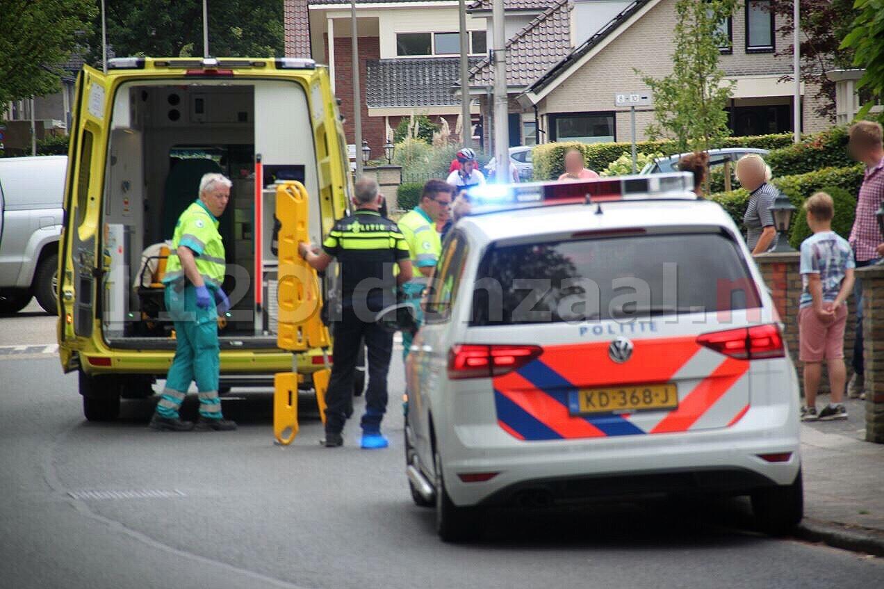 Meisje gewond naar het ziekenhuis na val van fiets in Oldenzaal